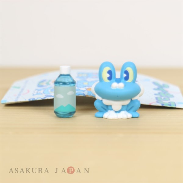 Photo1: Pokemon Center 2019 Figure Collection Fresh Water Froakie (1)